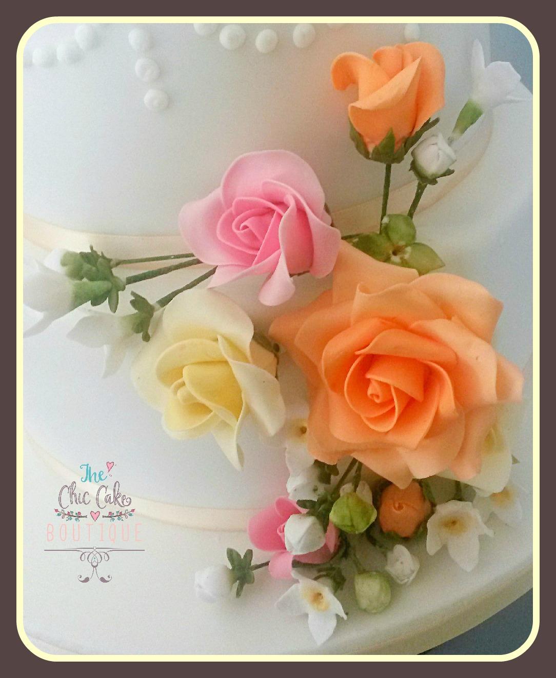roses-peach sugar flowers