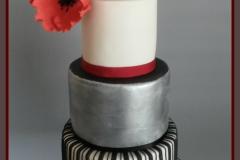 black-poppy-cake