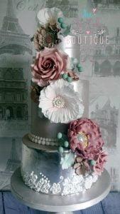 Edible silverleaf and cascading sugar flowers