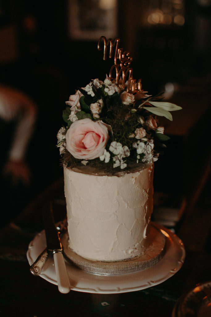lemon buttercream wedding cake fresh flowers