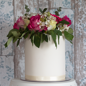 fresh flowers cake